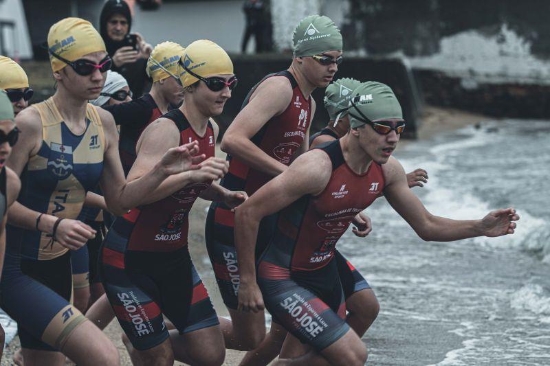 A Evolução das  Escolinhas  de Triathlon em Santa Catarina